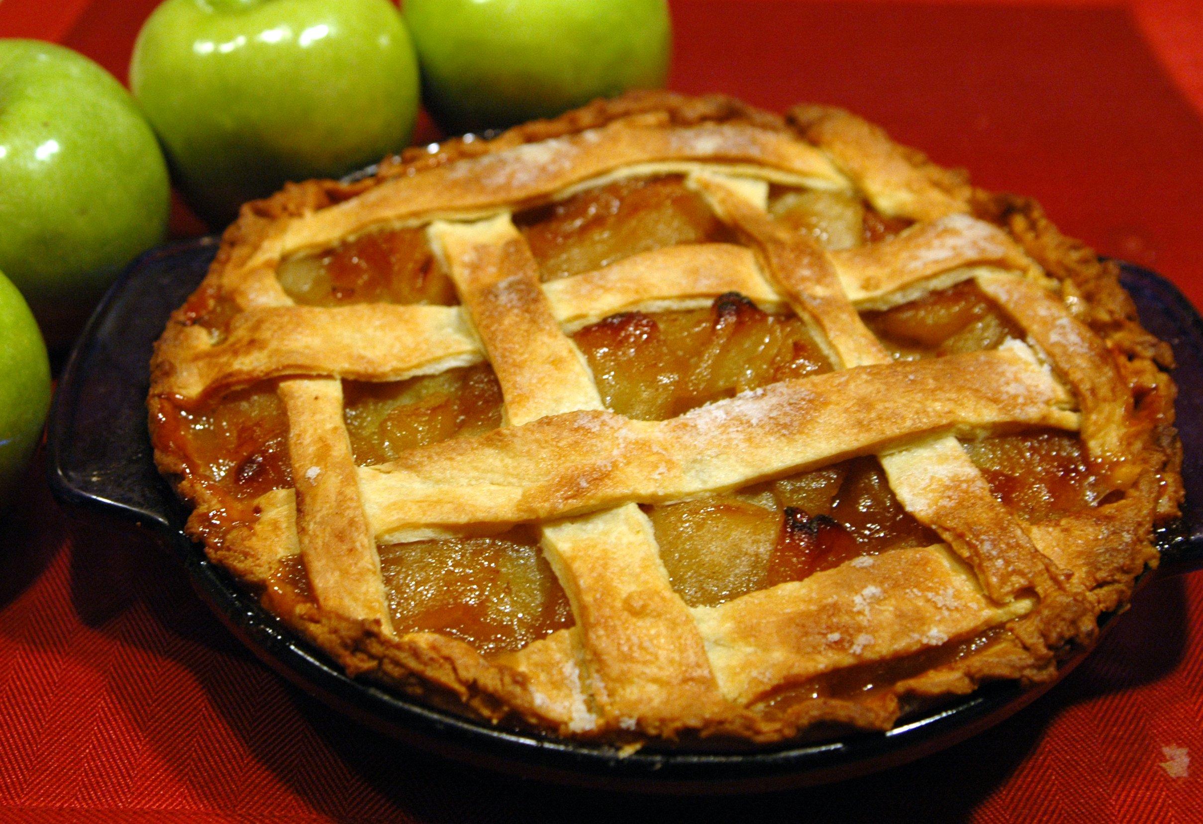 Pie and Praise:Sunday, November 25, 7-8 PM